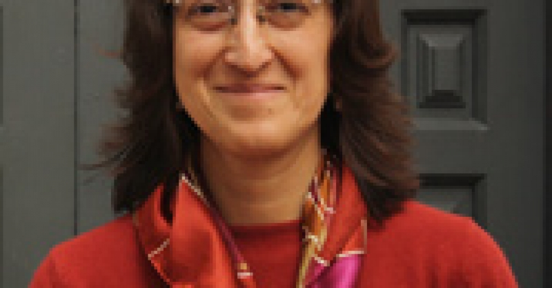 Roxana Barrantes, investigadora del IEP, opina sobre posibles condiciones para renovación de contrato de Movistar
