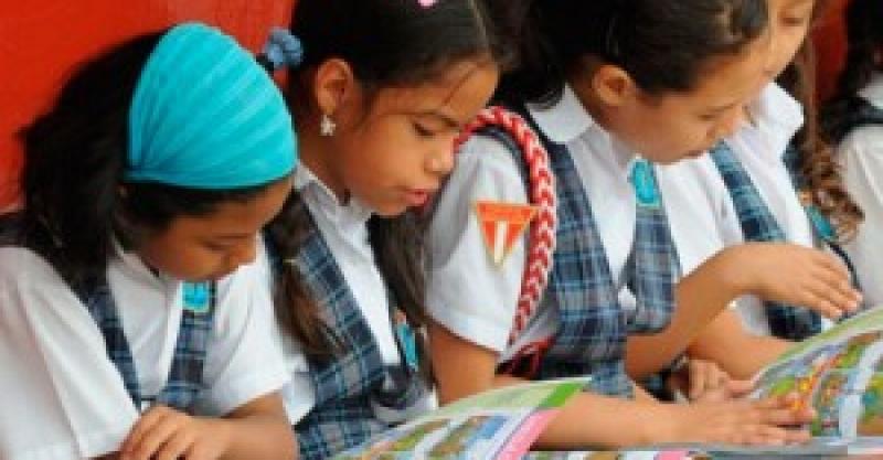 Rol del IEP para mejorar comprensión lectora es destacado por gerente de la Fundación BBVA