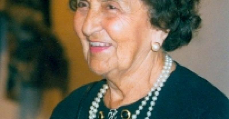 María Rostworoski homenajeada por el Colegio de Sociólogos