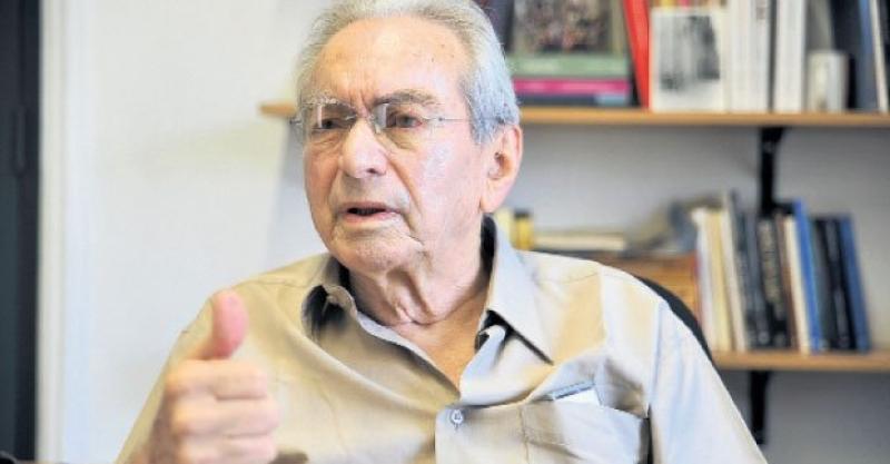 """Julio Cotler: """"Un voto en blanco es un voto a favor de Keiko Fujimori"""""""