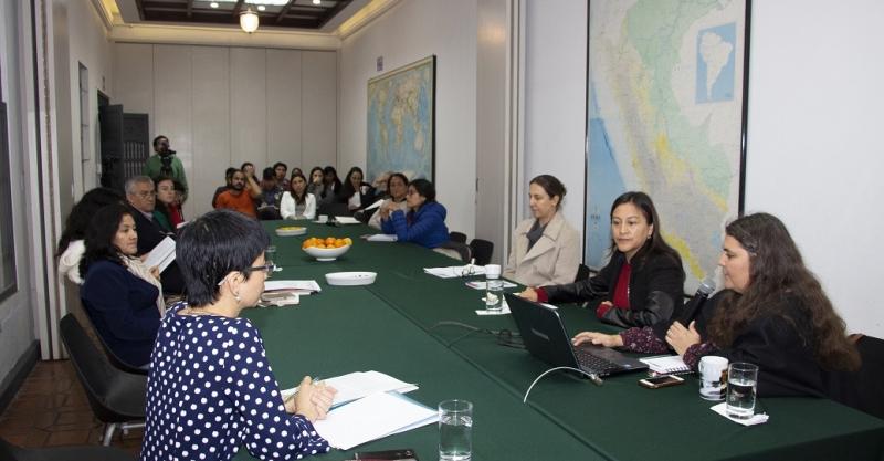 [VIDEO] Formas de atención y prevención de la violencia contra los niños y niñas en zonas rurales: Revisión comparada y estudio de caso en Huancavelica, Perú