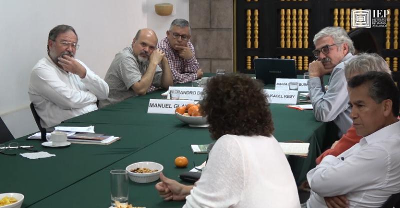 """[VIDEO] Mesa Verde """"Comunidades campesinas e indígenas en el Perú actual: retomando un debate pendiente"""""""