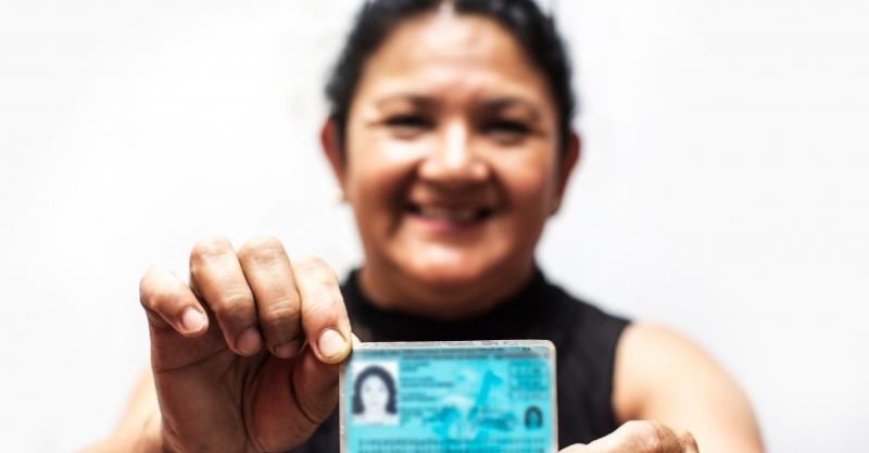 [ARTÍCULO]Empowerment Begins With Identity, por Carolina Trivelli y Benno Ndulu