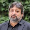 Ricardo Cuenca recibe distinción de profesor honorario en la UNT