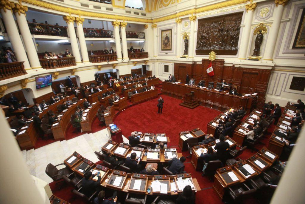 La situación política peruana: oscilando entre el choque y el atascamiento,  por Romeo GromponeInstituto de Estudios Peruanos